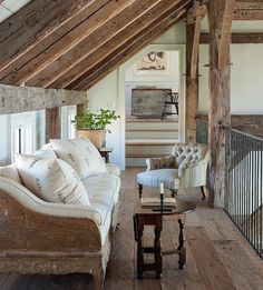 The rustic wood beams are making me drool!