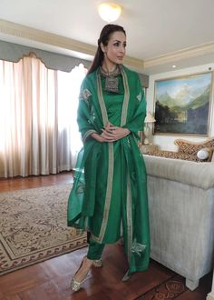 Malaika Arora Khan Makes Emerald Green Our Favourite Colour | MissMalini