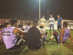 January 29 2017 Part of the mission & outreach of @v4peru which was founded by @danielmklopp is to provide education on secondary & university levels for adolescents that participate in the Club #deportivo #dan #soccer program which was started by Director Klopp as well. Providing teens with #education & future creates a pro-social environment of positive change. This is how we can eliminate poverty. #love #school #igers #igersperu #futbol #sports #instagram #instagood #instamood #instadaily…