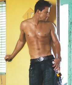 Google Image Result for http://www.ladyobama.com/wp-content/uploads/2011/02/channing-tatum-gq-06-540x637.jpg