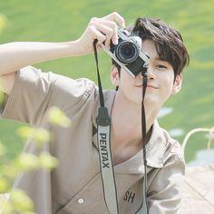 i snap your picture. Ong Seung Woo, Wheein Mamamoo, Handsome Korean Actors, Lee Soo, Cute Korean Boys, Kim Jaehwan, Kpop Guys, Kdrama Actors, Cute Actors