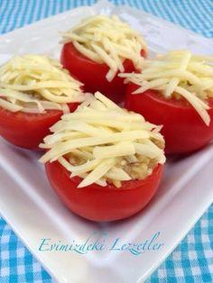 Malzemeler: 12 adet domates 6 adet közlenmiş patlıcan Yarım çay bardağı zeytinyağ 2 diş sarımsak 1 çay kaşığı şeker 2 çay kaşığı tuz K...