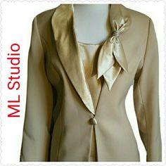 Ladies Beautiful ML Studio 2 pc. Skirt Suit Size 14