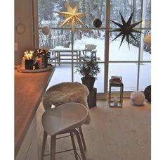 Rustic Nordic Christmas home Christmas Interiors, Christmas Home, Winter Christmas, Xmas, Hygge Christmas, Christmas Stars, Christmas Living Rooms, Christmas Kitchen, Sweet Home
