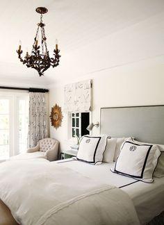 Image of the Week – Airy & Peaceful Bedroom