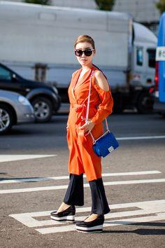 Dress   Narciss Pants   Topshop Shoes   GVGV Bag   Chanel Sunglasses   SENSELECT On the street… Lee Nanjung Seoul fashion week 2016 S/S