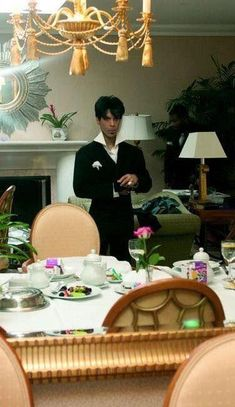 """Prince - Pic from the photo book """"Prince A Private View"""" photo by Afshin Shahidi. This photo was taken at a. in Prince's hotel room, excerpt from Afshin Shahidi. Purple Rain Movie, Prince Images, Baby Prince, Paisley Park, Roger Nelson, Prince Rogers Nelson, Purple Reign, Most Beautiful Man, Photo Book"""