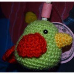 Schlüsselanhänger Vögelchen Piepmatz, grün / rot