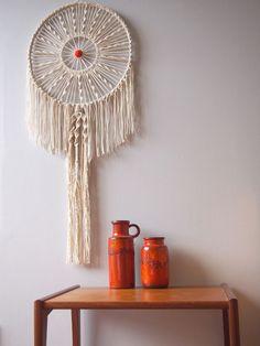 how to make a circular macrame wall hanging: