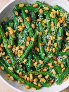 Green Beans with Pine Nuts is an easy and healthy recipe that will make a great side dish for any main course! It's a perfect and delicious way to add something green and healthy for Garlic Green Beans, Cooking Green Beans, Side Dishes For Salmon, Vegetable Side Dishes, Salmon Recipes, Chicken Recipes, How To Cook Greens, Dinner Recipes