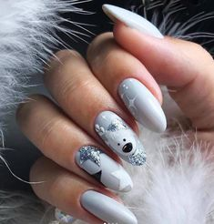 Nail designs 80 Gorgeous Christmas Nail Art Designs To Beautify The Moment Nail Art Cute, Cute Nail Art Designs, Winter Nail Designs, Christmas Nail Designs, Cute Christmas Nails, Xmas Nails, Holiday Nails, Halloween Nails, Christams Nails