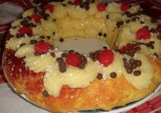 rosca de pascua Mexican Sweet Breads, Mexican Bread, Mexican Food Recipes, Sweet Recipes, Argentina Food, Argentina Recipes, Osvaldo Gross, Latin American Food, Pastry And Bakery