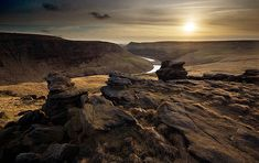 Standing Stones, Saddleworth Moor. Moors Murders, Yorkshire Dales, Peak District, How Beautiful, Great Britain, Places Ive Been, Countryside, Travel Inspiration, To Go