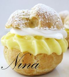 NINA'S RECIPES.....: BANANA CREAM PUFFS:  bite sized banana pudding.The puffs can be made ahead and kept  in an airtight ziplock bag until ready to assemble. Refrigerate after assembling. Perfect little party dessert!