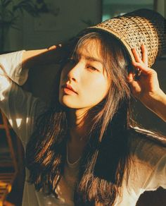 #gigi Beautiful Asian Girls, Beautiful People, Tumblr Hipster, Ulzzang Korean Girl, Insta Photo Ideas, Aesthetic Girl, Female Portrait, Girl Photography, Girl Crushes