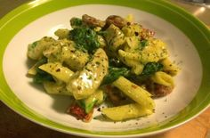 Kris' Kitchen: Chicken pesto penne with chorizo, spinach and sundried tomato