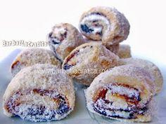 Cornulete cu gem Recipies, Muffin, Cooking, Breakfast, Food, Gem, Sweets, Recipes, Romanian Recipes