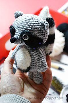 Febo il procione - amigurumi raccoon