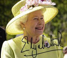 Currently, the head of the House of Windsor is Her Majesty Queen Elizabeth II, as the daughter of the late King George VI, the son of the late King George V. HM Queen Elizabeth II, head of the House of Windsor. George Vi, George Town, Lady Diana, Commonwealth, Prinz Philip, Prinz Charles, Windsor, Die Queen, Queen Queen