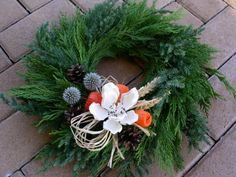Dusickovy vencek, Aranžovanie Christmas Wreaths, Christmas Crafts, Christmas Decorations, Xmas, Holiday Decor, Grave Decorations, Funeral Flowers, Floral Arrangements, Fall Decor
