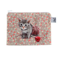 Cat Pouch by Laissez Lucie Faire - adorable kitty with a heart-shaped lolli + some yarn. <3