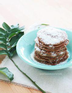 banana and oat pancakes / blog: Sabores com Contraste / Photography: Martina Breidenstein