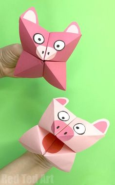 Pig Cootie Catcher Craft - Red Ted Art Pig Cootie Catcher Craft for Kids. Easy Paper Pig Crafts for Kids. Year of the Pig. How to make a Cootie Catcher step by step. Paper Folding Crafts, Paper Crafts Origami, Paper Crafts For Kids, Origami Easy, Paper Folding For Kids, Chinese New Year Crafts For Kids, Animal Crafts For Kids, Crafts For Kids To Make, Art For Kids