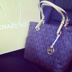 One of the best bag I bought in 2014/Michael Kors tote