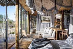 """Mi piace"": 975, commenti: 18 - Mark Lakin (@mark_lakin) su Instagram: ""Good morning from Suite 6 at Singita Lebombo! As u may know, Singita is a conservation company…"""