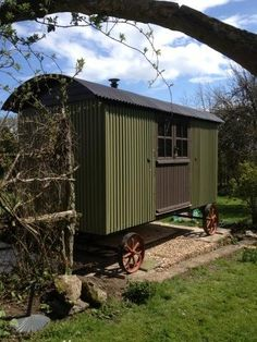 Riverkeeper' Shepherds Hut, delivered to the Isle of Wight