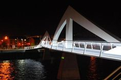 Clyde footbridge