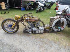 Billedresultat for motorbikes custom Rat Rod Motorcycle, Moto Bike, Custom Motorcycles, Cars And Motorcycles, Bike With Sidecar, Container Pool, Surf Rods, Chopper Motorcycle, Bobber