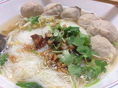 Thin Rice Noodle clear broth with Pork Balls.