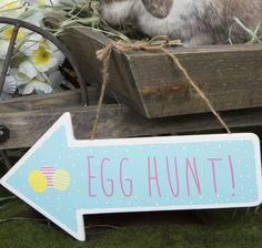 https://www.sassandbelle.co.uk/Pastel Easter Egg Hunt Arrow Sign