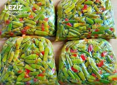 Green Beans For Ice Cube Tray (With Tricks) - Recipes Turkish Recipes, Ethnic Recipes, Good Food, Yummy Food, Ice Cube Trays, Fresh Rolls, Food Pictures, Asparagus, Green Beans