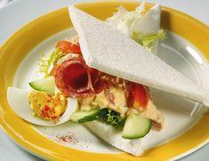 Eier-Tomaten-Aufstrich - Rezept - ichkoche.at Tacos, Mexican, Ethnic Recipes, Food, Food And Drinks, Koken, Food Food, Rezepte, Egg