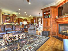 Wide open great room that spans into the kitchen. Look at all the gorgeous woodwork. 2111 Arnold Palmer Boulevard | Louisville Jefferson County Single Family Home for Sale Details