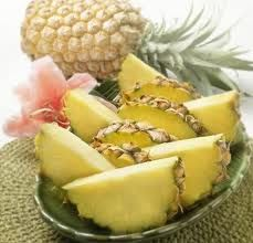"""Read """"Growing Pineapples for Beginners"""" by Jane Greeley available from Rakuten Kobo. Producing your own spiny and delicious pineapple fruit takes years of careful tending to the plant. Growing a pineapple. Pineapple Benefits, Pineapple Fruit, Canned Pineapple, Pineapple Planting, Healthy Food Recipes, Healthy Life, Healthy Eating, Healthy Facts, Loosing Weight"""
