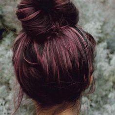 15 ideas de pelo de Borgoña para el cabello rubio, rojo y morena Purple Hair, Ombre Hair, Balayage Ombre, Blonde Hair, Burgundy Plum Hair, Dark Purple, Dark Plum Hair, Black Plum, Pelo Color Borgoña