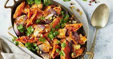 A topping of crispy Moroccan-flavoured breadcrumbs takes these roasted vegies to new heights. Cauliflower Carrot Recipe, Roasted Cauliflower, Vegetarian Recipes, Cooking Recipes, Healthy Recipes, Easy Dinner Recipes, Easy Meals, Xmas Recipes