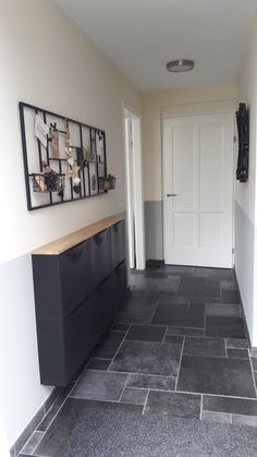 : The color combination looks good. Black, white, gray and wood aus Die Farbkomb . The color combination looks good. Black, white, gray and wood – out The Farbkombi Gray Good aus black color combination die diyhomedecor farbkomb firsthomedecor Go Hallway Decorating, Entryway Decor, Entryway Lighting, Entryway Console, Entry Foyer, Interior Design Living Room, Living Room Decor, Western Style, Pinterest Home