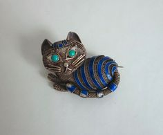 CAT PIN BROOCH VINTAGE CHINESE EXPORT SILVER & COBALT BLUE ENAMEL TURQUOISE EYES