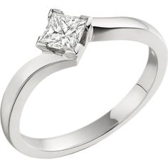 A stunning Princess Cut twist diamond ring in 18ct white gold