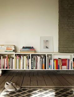 I like it. Since I dont have enough place to hold my books anymore all creative solutions seem so good.