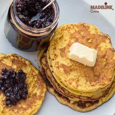 Clatie cu crema de branza / Cream cheese pancakes Cream Cheese Pancakes, Healthy Desserts, Gluten Free, Keto, More, Breakfast, Sweet, Cream, Kitchens
