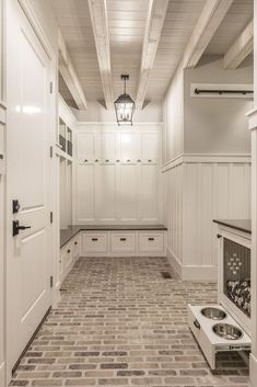 50 Amazing Laundry Room Tile Design Laundry rooms used to be the neglected room in the house. Find a closet or another room large enough for […] Mudroom Laundry Room, Laundry Room Design, Laundry Room Floors, Large Laundry Rooms, Mud Room Lockers, Garage Lockers, Laundry Room Layouts, Laundry Area, Large Family Rooms