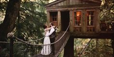 We know more than a few elementary schoolers who would give up their iPad privileges (for a week, let's be real) to get married in a treehouse.  Colorado couple Becca Bair and Brandon Spurgin were lucky enough to turn that childhood pipe dream into...