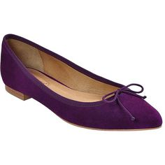 Corso Como Recital Point Toe Flats (79 CAD) ❤ liked on Polyvore featuring shoes, flats, purple, purple flats, purple leather shoes, pointed toe flat shoes, pointed toe flats and leather flat shoes