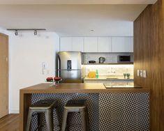 Cores e estampas em um apartamento vibrante (Foto: Marcelo Donadussi / divulgação)