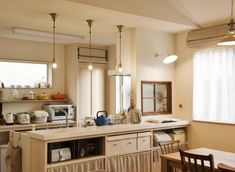 カフェ風キッチンがすてきな2世帯住宅